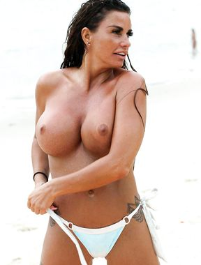 Katie Price reveals massive nude boobs