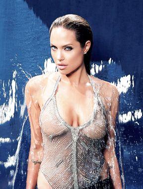 Angelina Jolie shows wet nude boobs