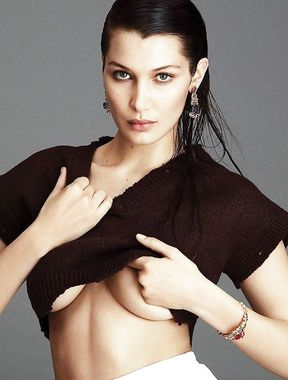 Bella Hadid flashes breasts and sexy ass