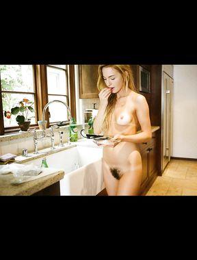Dora Yoder - Nude Pics Collection