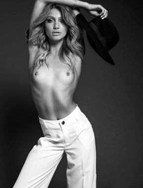 See Cailin Russo nude pics