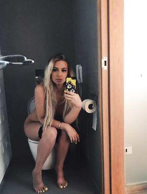 Tana Mongeau sexy youtuber goes naked
