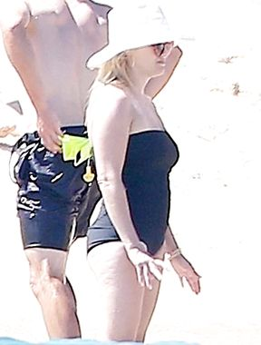 Reese Witherspoon ultimate milf nude and fucked
