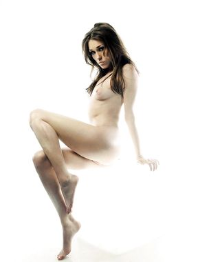 Clare Grant naked photoshoot
