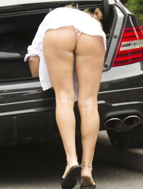 Danielle Mason upskirt nude ass