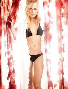 Malin Akerman bikini ass pictures