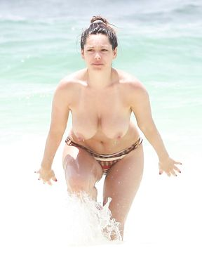 Kelly Brooke enjoys the sun naked