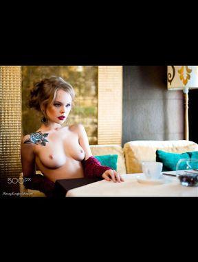 Anastasiya Scheglova shows pussy and nude boobs