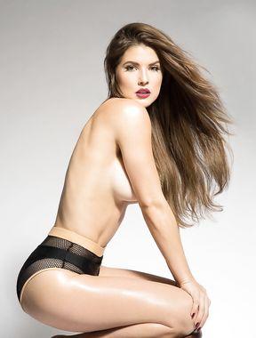 Amanda Cerny shows ass and big boobs