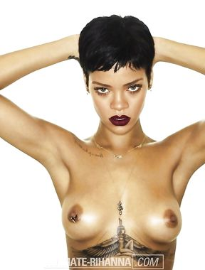 Rihanna nude boobs and shaved pussy pics