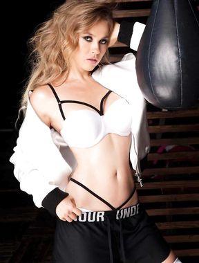 Ellen Alexander poses nude for a editorial photoshoot