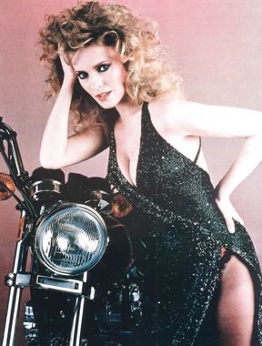 Cheryl Ladd sexy cleavage and topless gallery