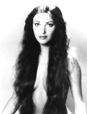 Jane Seymour shows nude tits and naked ass