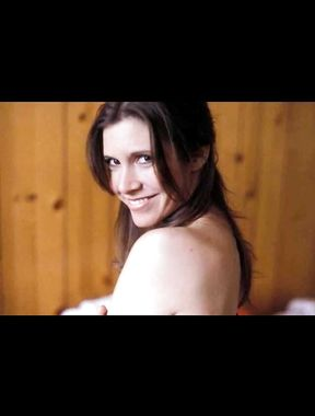 Carrie Fisher topless and see thru nudity
