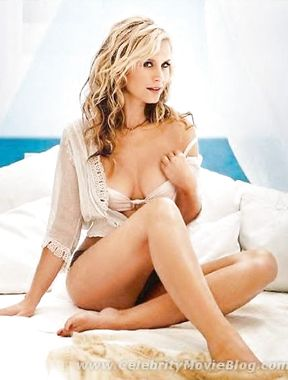 Bonnie Somerville goes naked and sexy