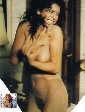Sabrina Salerno pussy