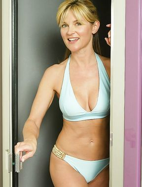 Anthea Turner bikini