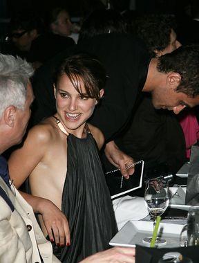 Natalie Portman downblouse nipple