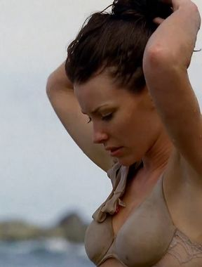 Evangeline Lilly on the beach in bikini Photo