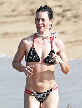 Evangeline Lilly in bikini