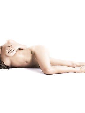 Lea Michele nude