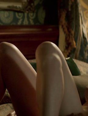 Yvonne Strahovski sex scene