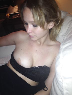 Jennifer Lawrence nipples