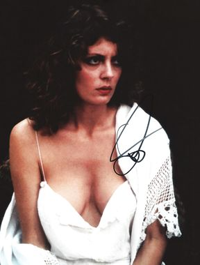 Susan Sarandon boobs